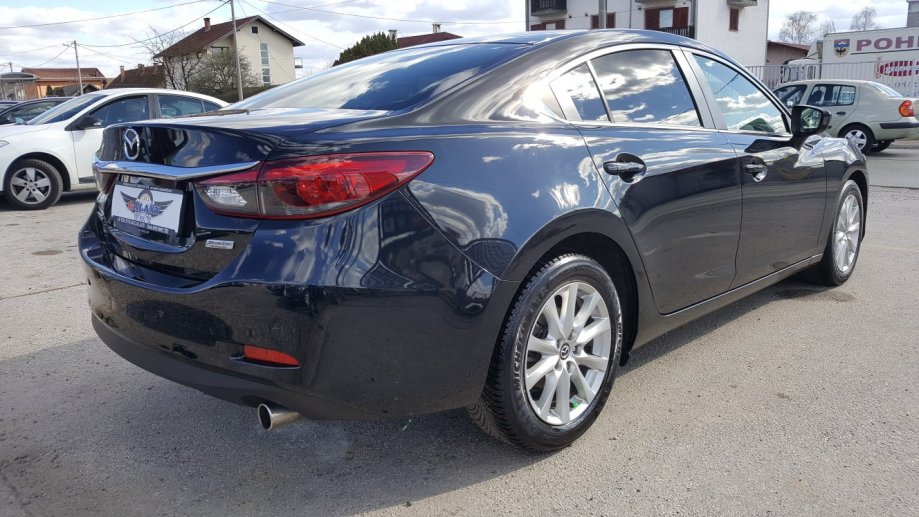 Mazda 6 CD150 2.2 Skyactiv-D Sedan REVOLUTION TOP