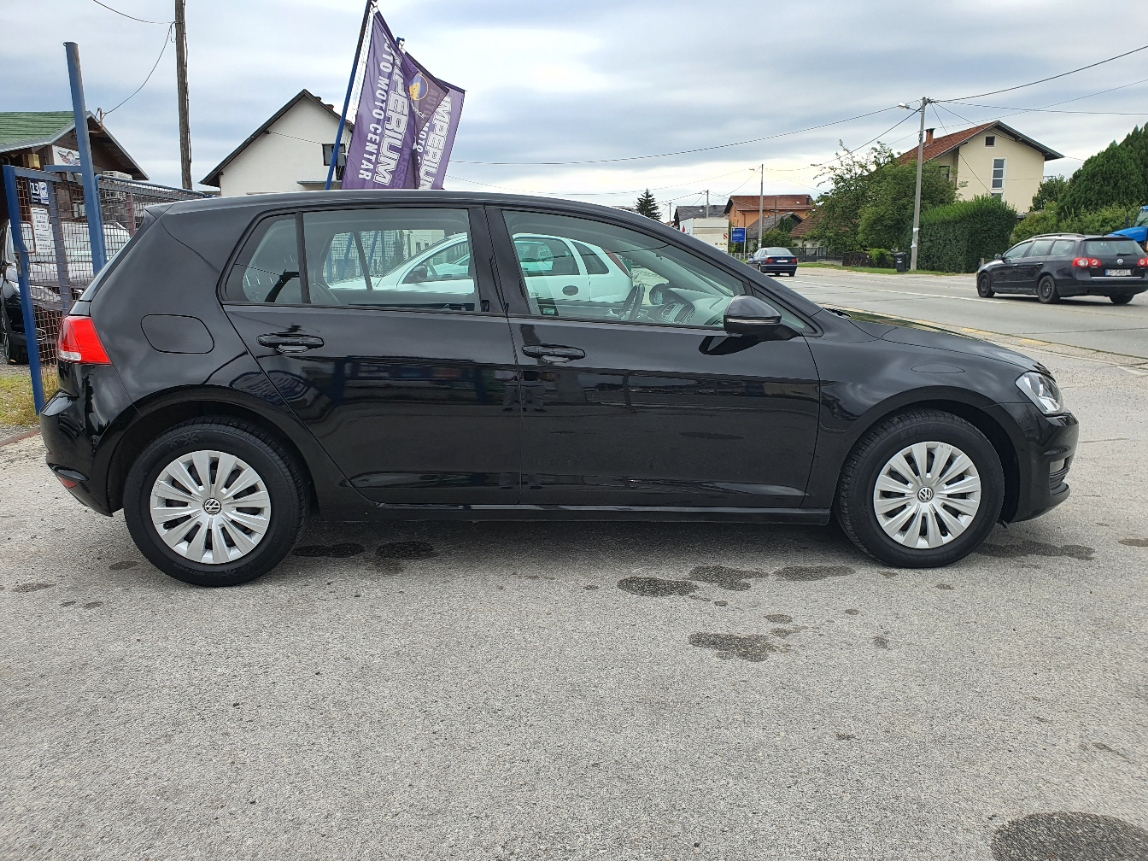 VW Golf VII 1.6 TDi 2016g.